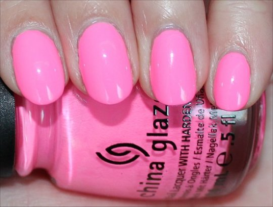 China-Glaze-Shocking-Pink-Review-Swatches