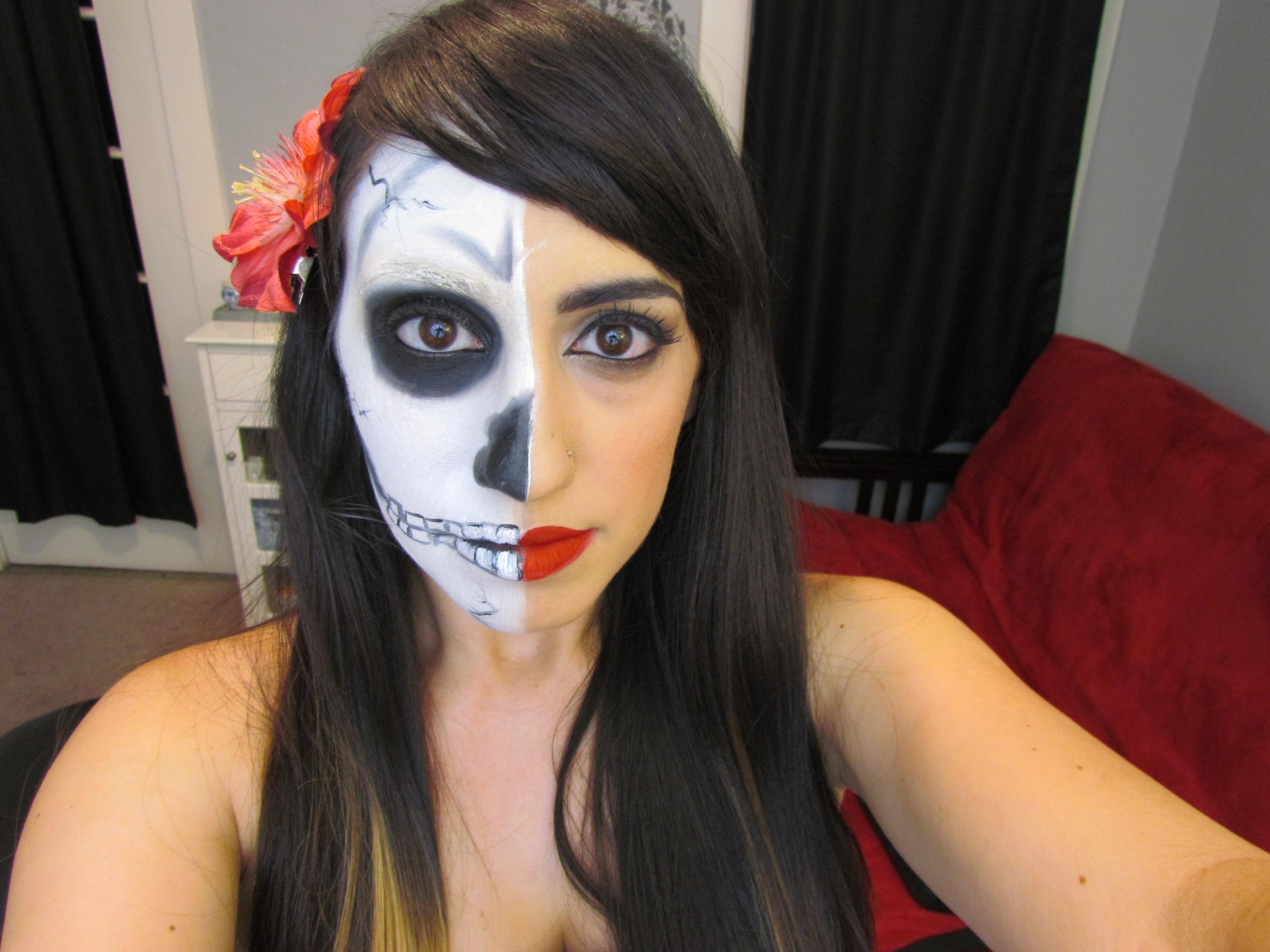 Halloween makeup |